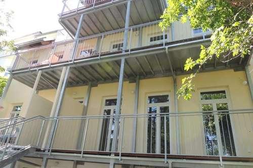 3400 Klosterneuburgm Zentrum, Villenruhelage, saniertes Jahrhundertwendehaus mit nur 5 Wohneinheiten, 76,67m2 plus 14,29m2 Terrasse und Allgemeinterrassen Euro 1.099,67 inkl. BK/10%