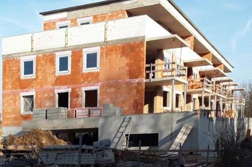 Moderne Eigentumswohnung mit Gärtchen in Obernberg/Inn/ Top 1