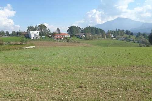 Bauland in ruhiger zentraler Dorflage mit Ausblick auf die Karawanken!