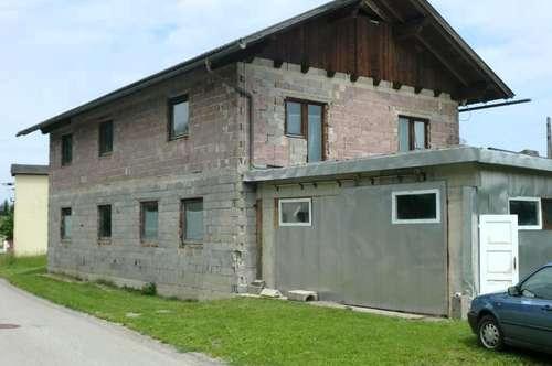 Ausbaufähiges Haus mit  Wasserkraftwerk