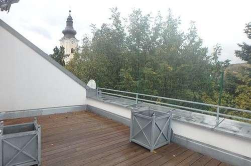 4-Zimmer Dachterrassenwohnung in historischem Zweifamilienhaus zu vermieten