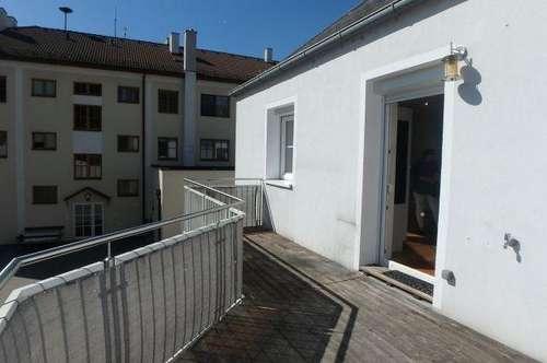 Helle 4- Zimmer Wohnung mit Balkon und Parkplatz Nähe Krems zu vermieten
