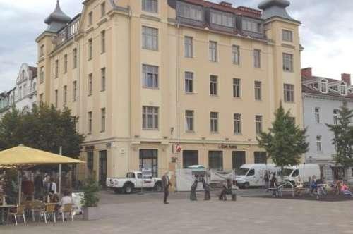 PROVISIONSFREI - Großzügige Mietwohnung in saniertem Stilaltbau