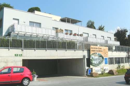 2-Zimmer-Wohnung mit Terrasse, Garten und Tiefgaragenplatz
