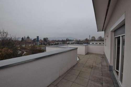 Penthouse mit ca. 68 m² Terrasse in Zentrumsnähe Baujahr 2008
