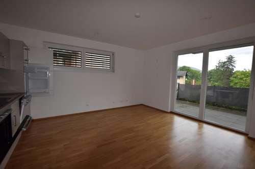 PROVISIONSFREI! Herrliche 3-Zimmer-Wohnung mit Balkon, Garagenplatz und großer Dachterrasse