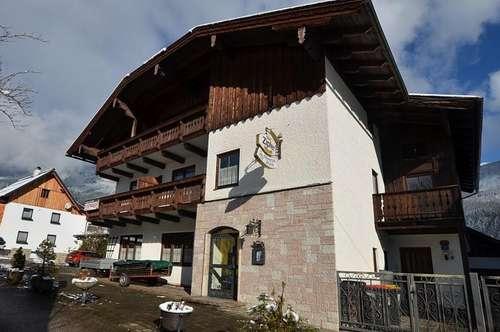 Haus mit Appartements (ehem. Gasthaus / Pension außer Betrieb)