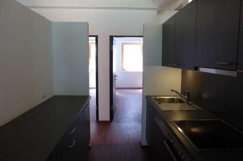 Fügen: Moderne 4-Zi.-Wohnung / Praxis / Büro in zentraler Lage