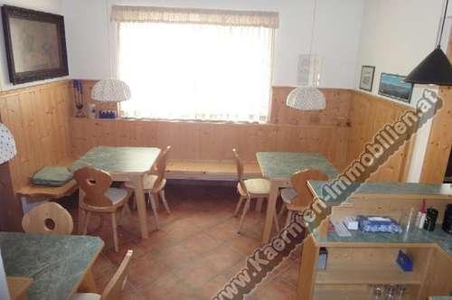Bez.St.Veit: Wohnhaus mit kleinen Gastbetrieb, komplett neu saniert