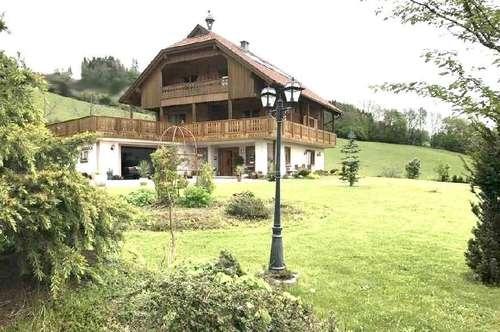 --- VERKAUFT von Ki-Immo---- Alleinlage neuw.Landhaus mit 65.000 m² Grund u.Stallgebäude in Ruhelage