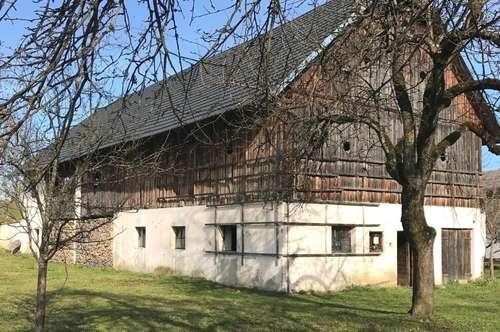 Stallgebäude mit 2.657 m² Grund, davon 1000 m² Baugrund, Bleiburgnähe