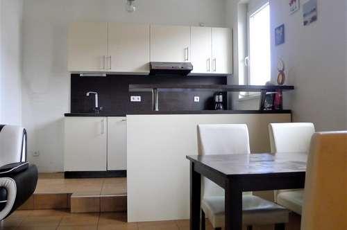 Hart- perfekte Busanbindung - Coole 3 Zimmerwohnung mit Parkplatz!! WG-tauglich!