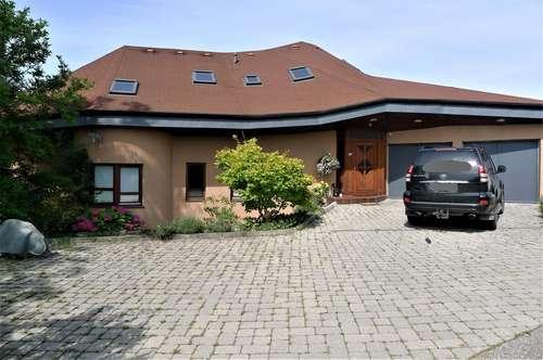 Lieboch - Ein- Zweifamilienhaus in einem ganz besonderen Baustil!!!