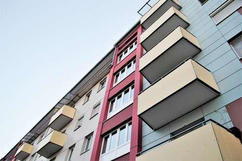 Jakomini! Solide 2 Zimmer Wohnung mit Balkon und Parkplatz! 5.OG mit Blick über Graz!