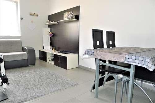 Hart bei Graz - Gemütliche 2 Zimmerwohnung mit Gartenbenützung und Parkplatz!!