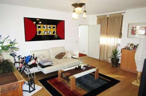Geidorf-Uni !! Coole Wohnung, Terrasse, Balkon, TG-Plätze !!