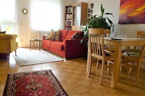 Autalerstrasse - Entzückende 2 Zimmerwohnung mit großem Balkon !!