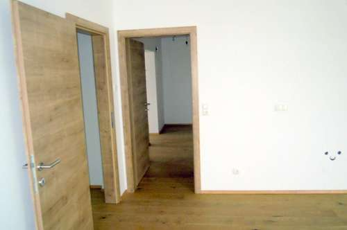 Barrierefreie Eigentumswohnung mit Lift, Loggia und Tiefgaragenplatz