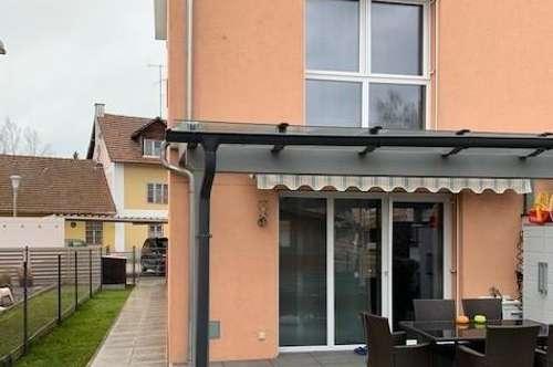 Hier ist Kauf günstiger als Miete! Eckreihenhaus mit Dachterrasse, Garage und Gartenhaus.