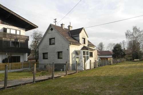 Einfamilienhaus in Ampflwang in ruhiger Siedlungslage mit eigenem Brunnen!