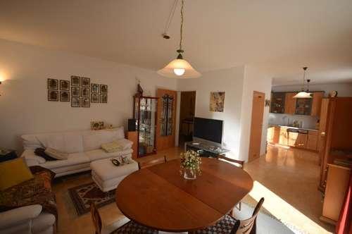 Sehr gepflegte 2-Zimmer-Wohnung mit Loggia im Zentrum von Gallneukirchen.