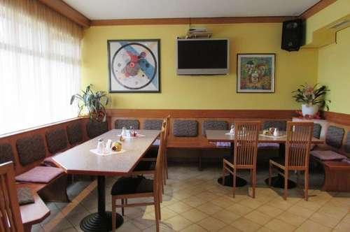 Cafe in Stadionnähe