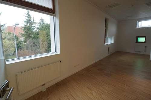 Moderne neuwertige Wohnung in Top Lage! Barrierefrei!