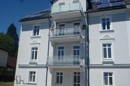 Top Mietwohnung mit Balkon in stilvollem Altbau!