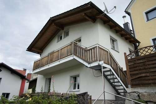 Neuwertiges Wohnhaus im Zentrum von Unterweißenbach mit gepflegtem Garten