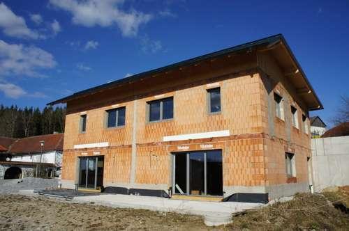 Neu errichtete Doppelhaushälfte in Ottenschlag im Mühlkreis mit Fernblick außerhalb der Nebelzone - NÄHE REICHENAU IM MÜHLKREIS