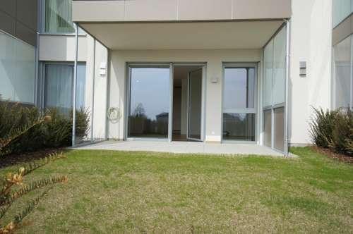 Lichtdurchflutete Zweizimmerwohnung - Erstbezug im Zentrum von Tragwein mit 32 m² Eigengarten und 9 m² Loggia