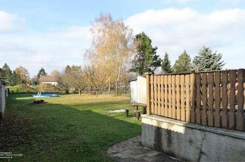 Altes Landhaus mit Garten auf 1050m² Baugrund