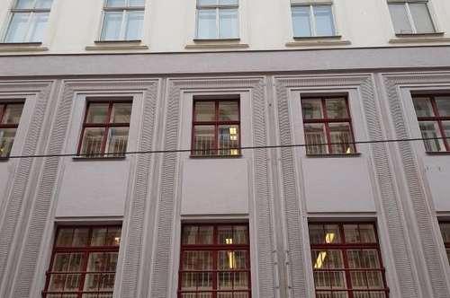 Spannendes Altbaubüro nahe der ehemaligen Börse und dem Hotel Kempinski Wien