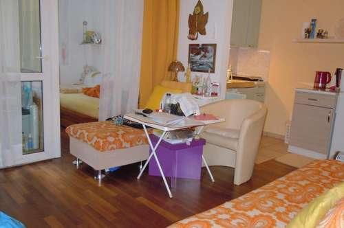 Kompakte 2-Zimmer-Wohnung mit Loggia - verfügbar ab 01. Oktober 2019!