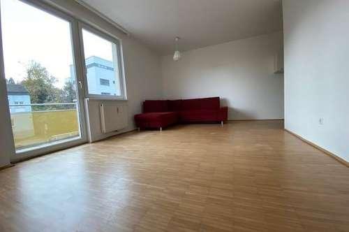 Nette 2-Zimmer-Wohnung mit Balkon & TG-Platz