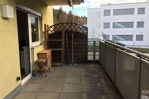 Garconniere in Mariatrost mit Terrasse und kleinem Garten!!! Parkplatz inkludiert!!!