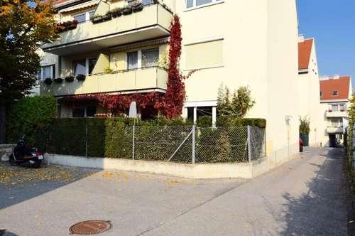 Sonnige Familienwohnung mit Balkon in absoluter Hofruhelage!