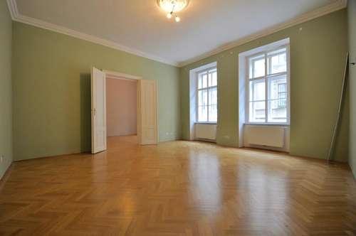 Servitenviertel! 4-Zimmer-Stil-Altbau mit Terrasse im 1. Liftstock