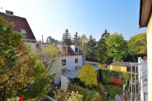 Preishit! Sonnige Familienwohnung mit Balkon in absoluter Hofruhelage!