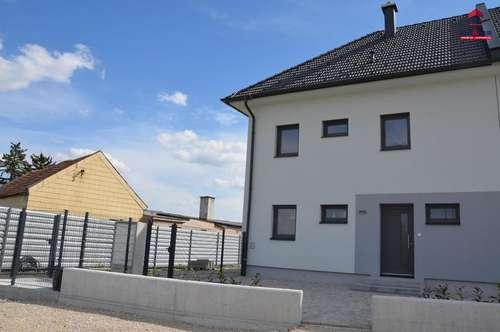 Doppelhaushälfte in Matzendorf/Hölles