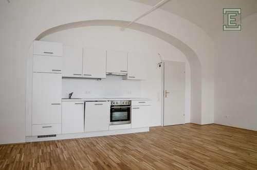 Schloss Neusiedl - Wohnung 2.06 mit Loggia und Garten - provisionsfrei