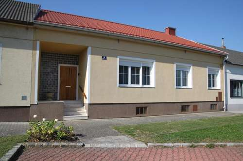 Einfamilienhaus mit großer Halle in St. Andrä am Zicksee