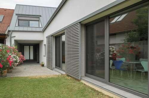 """Neubau - """"Streckhof reloaded"""" im Ortskern von Weiden"""
