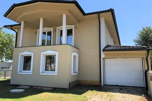 Großzügiges Mehrfamilienhaus mit Garage!