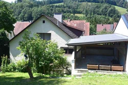 Einfamilienhaus mit Garten und Terrasse