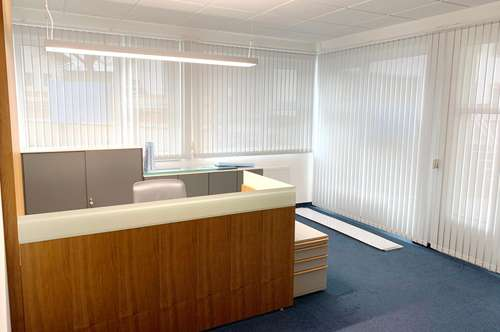 Geschäfts- Büro und Ordinationsräume im Zentrum von Ehrwald zu mieten