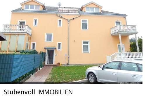 Helle 2 Zimmer Wohnung mit Balkon