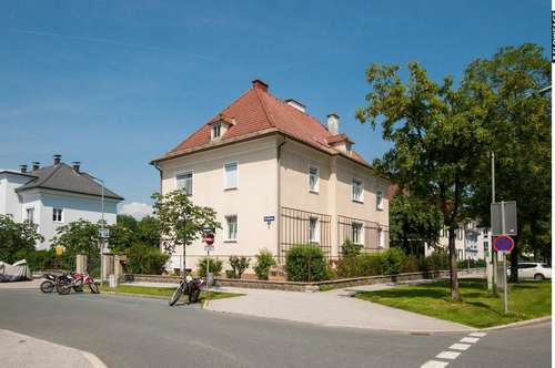Altbauwohnung mit Eigengarten im Regierungsviertel von Klagenfurt