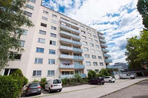 Dreizimmerwohnung mit Loggia in Innenstadtnähe