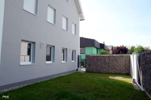 Großzügige Doppelhaushälfte - Neubau Erstbezug in SCS Nähe - Haus1